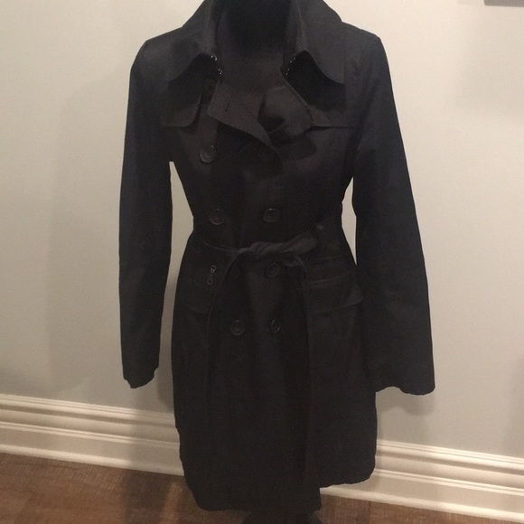 price remains stable new specials better price Black DKNY trench coat, size M
